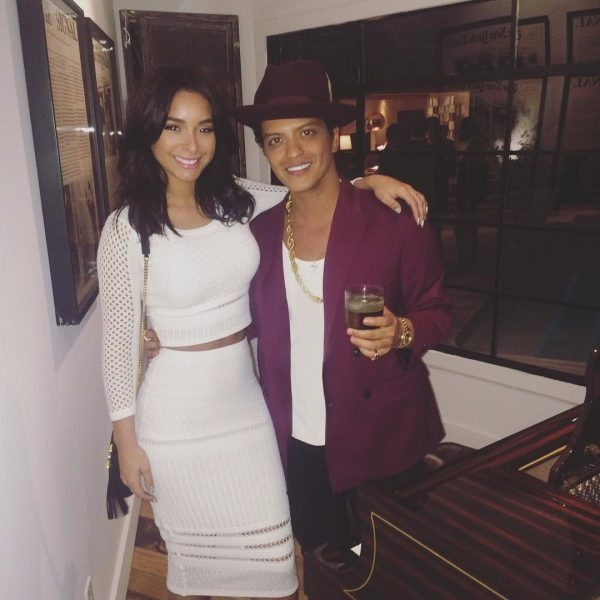 Pictures-Bruno-Mars-His-Girlfriend-Jessica-Caban